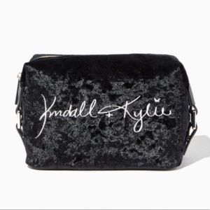 💄kendall & kylie cosmetic bag